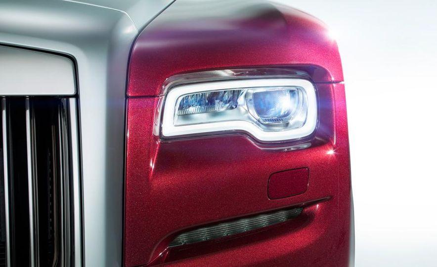 2015 Rolls-Royce Ghost Series II - Slide 26