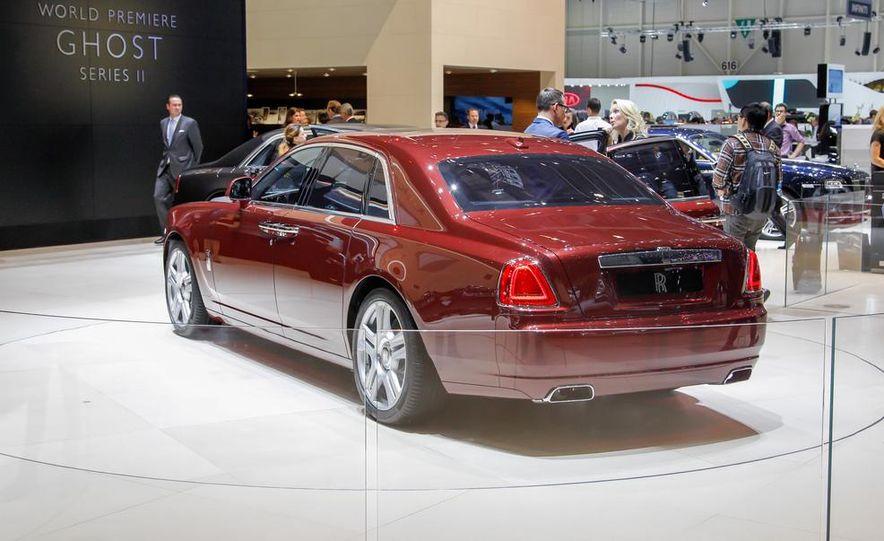 2015 Rolls-Royce Ghost Series II - Slide 8