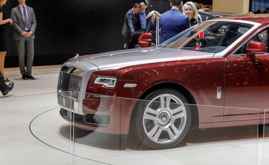 2015 Rolls-Royce Ghost Series II - Slide 11