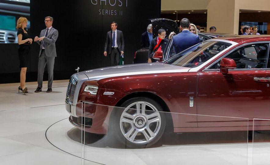2015 Rolls-Royce Ghost Series II - Slide 12