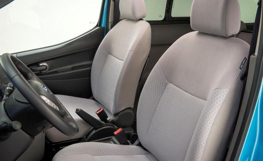 Nissan e-NV200 Evalia - Slide 24