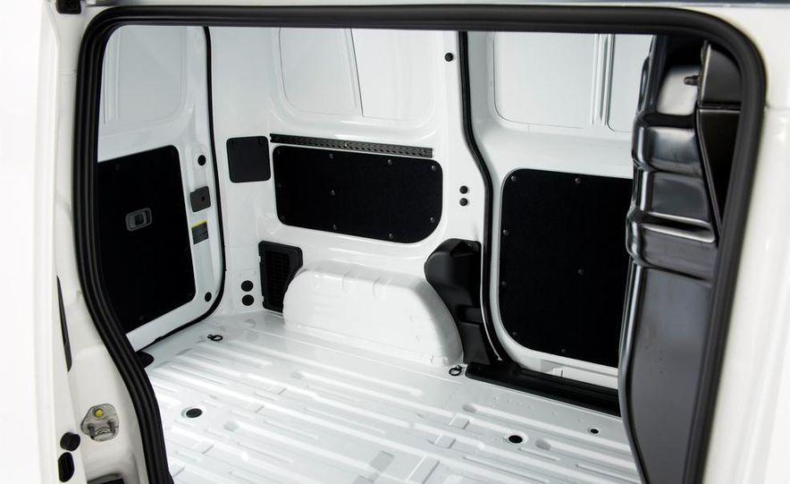Nissan e-NV200 Evalia - Slide 43