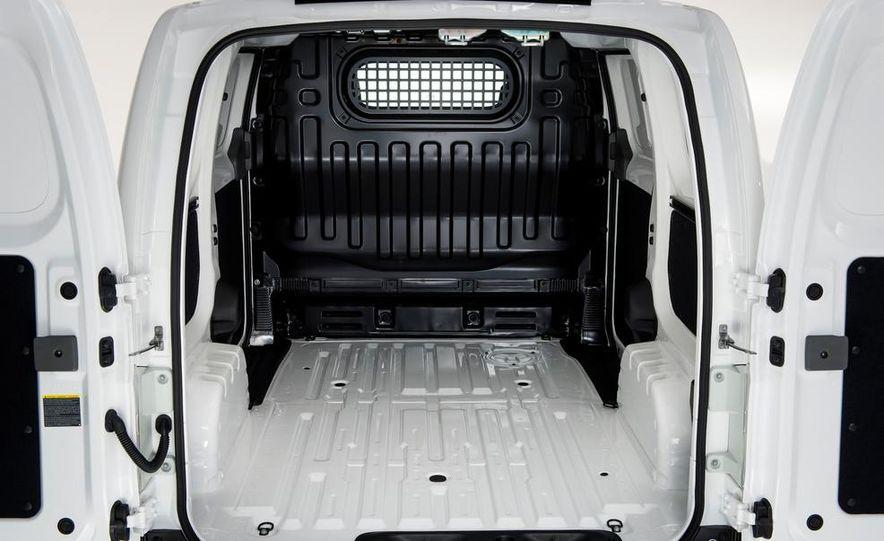 Nissan e-NV200 Evalia - Slide 45