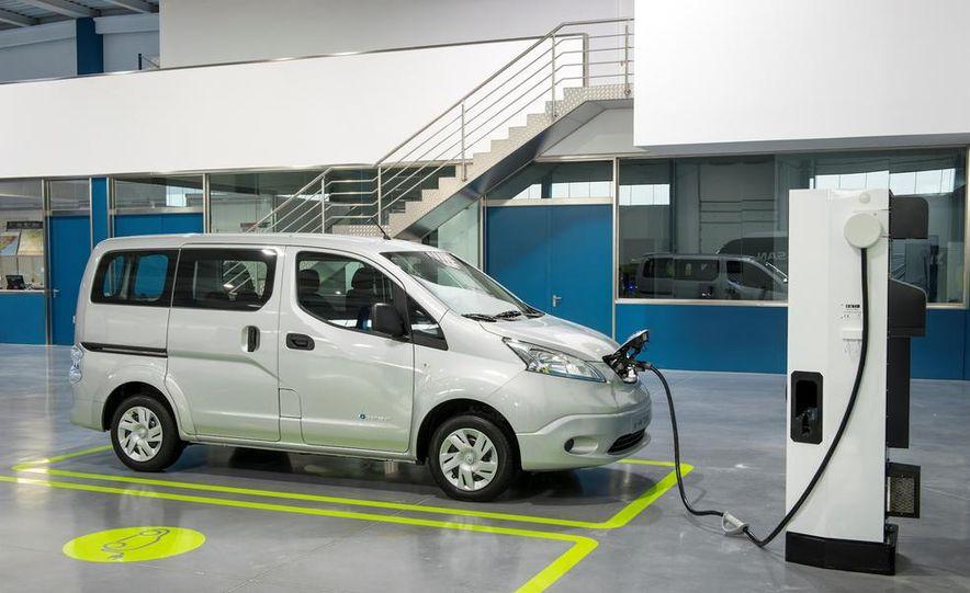 Nissan e-NV200 Evalia - Slide 50