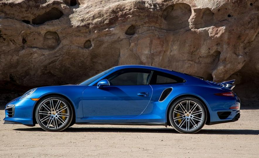 2014 Porsche 911 Turbo S - Slide 5