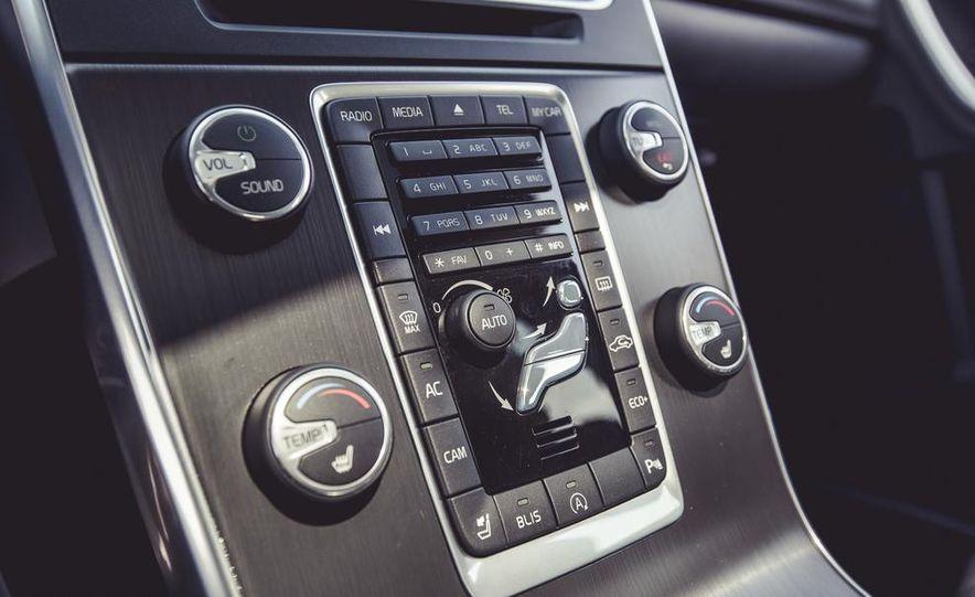 2015 Volvo V60 - Slide 47