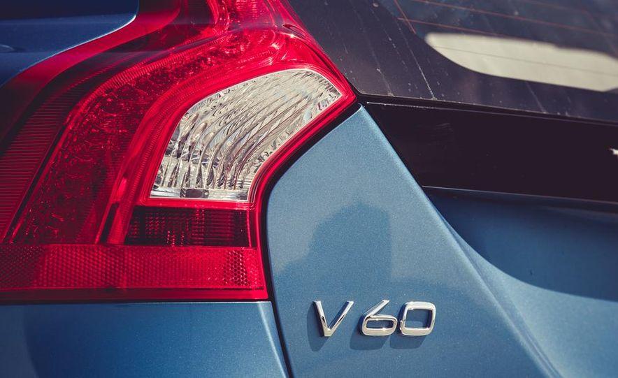 2015 Volvo V60 - Slide 23