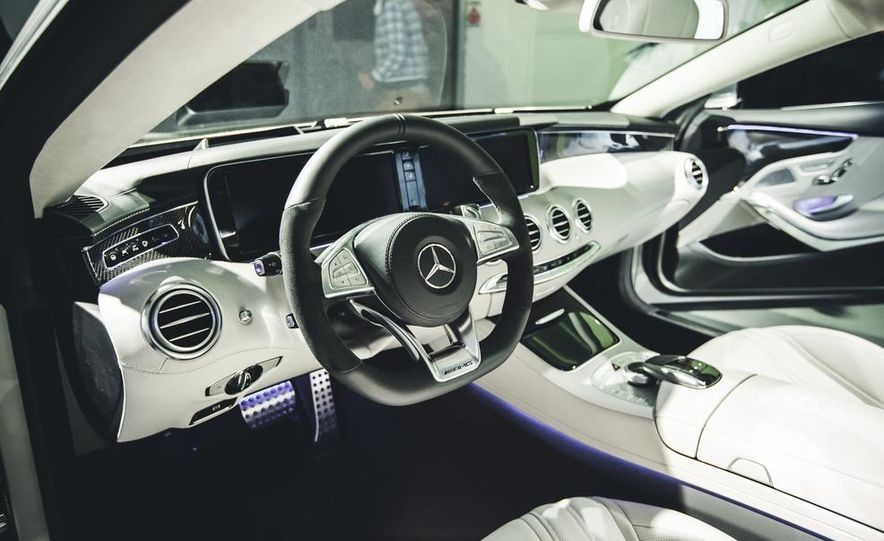 2015 Mercedes-Benz S63 AMG 4MATIC coupe - Slide 12