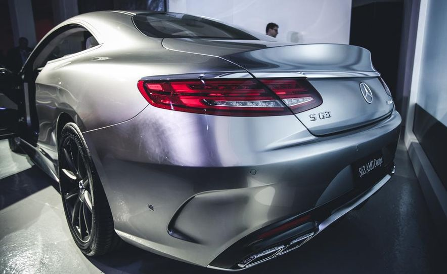 2015 Mercedes-Benz S63 AMG 4MATIC coupe - Slide 8