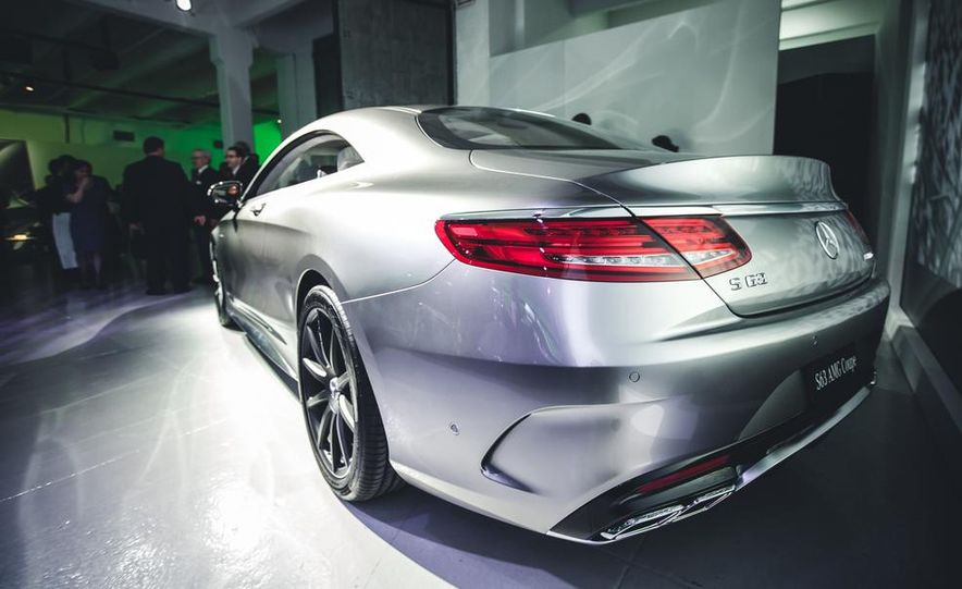 2015 Mercedes-Benz S63 AMG 4MATIC coupe - Slide 9