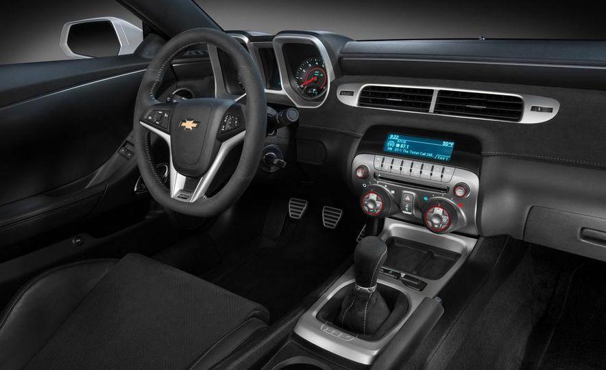 2014 Chevrolet Camaro Z/28 - Slide 15