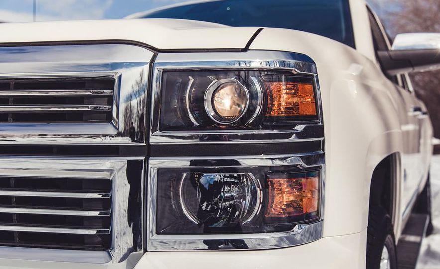 2014 Chevrolet Silverado 1500 High Country - Slide 20