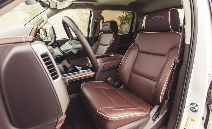 2014 Chevrolet Silverado 1500 High Country - Slide 31