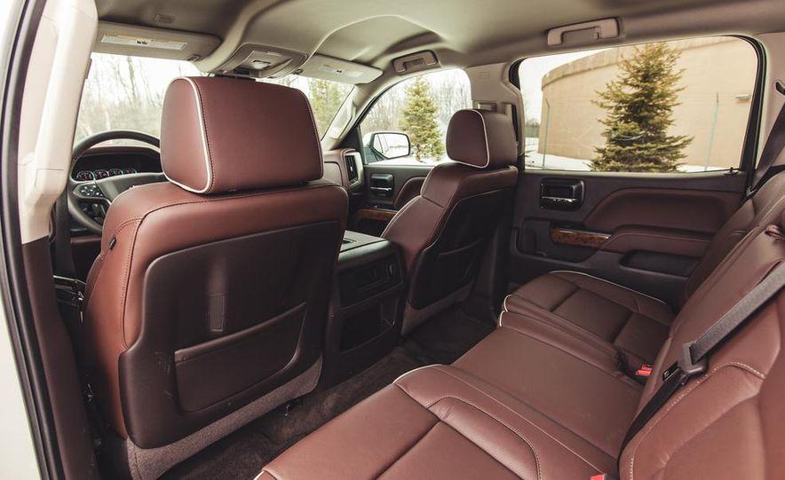 2014 Chevrolet Silverado 1500 High Country - Slide 33