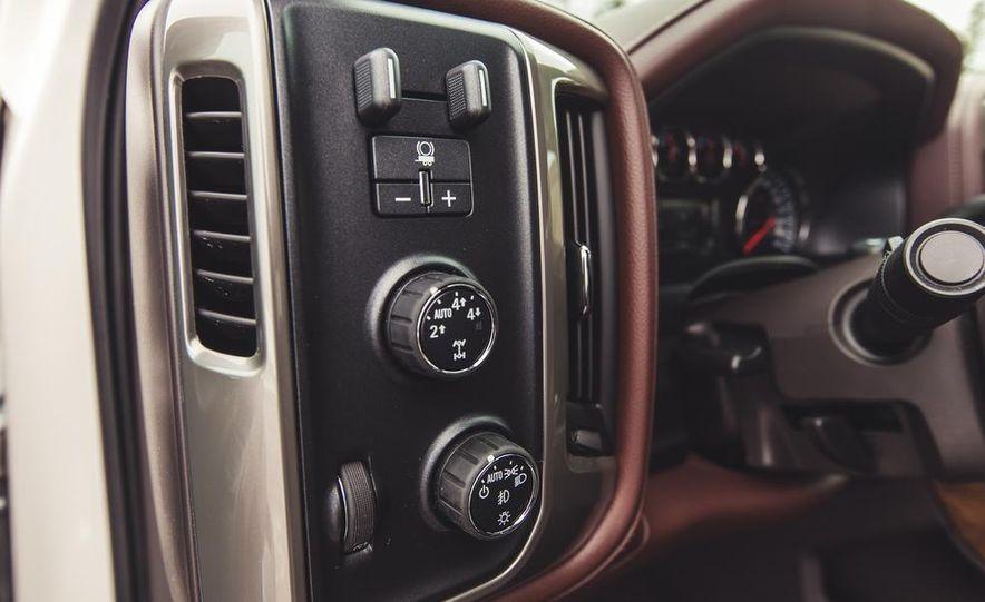 2014 Chevrolet Silverado 1500 High Country - Slide 39