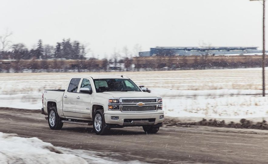 2014 Chevrolet Silverado 1500 High Country - Slide 3