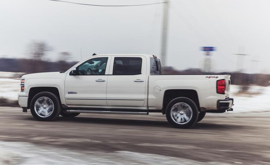 2014 Chevrolet Silverado 1500 High Country - Slide 9