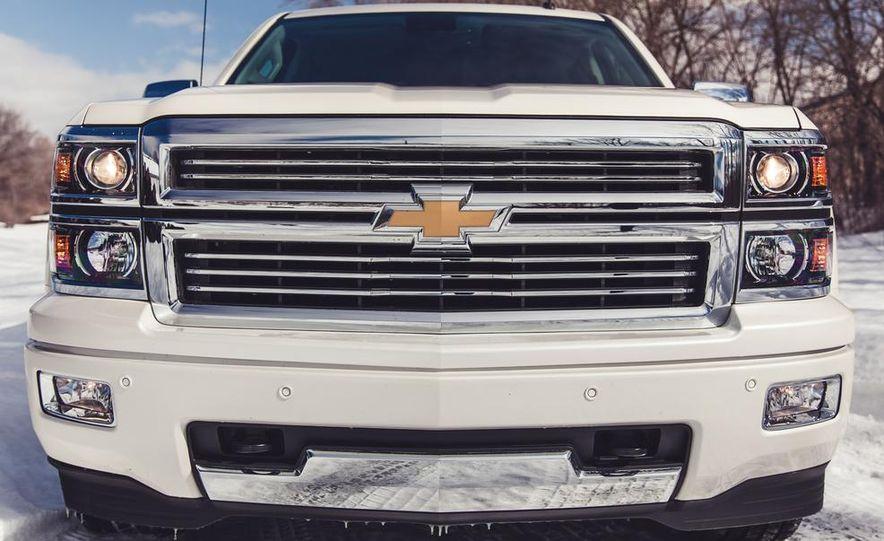 2014 Chevrolet Silverado 1500 High Country - Slide 19