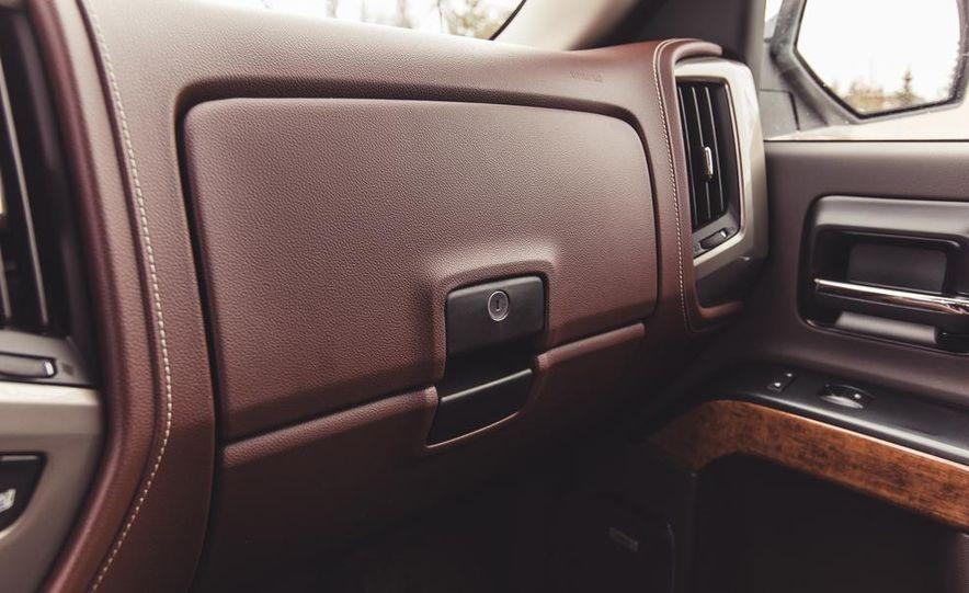 2014 Chevrolet Silverado 1500 High Country - Slide 46