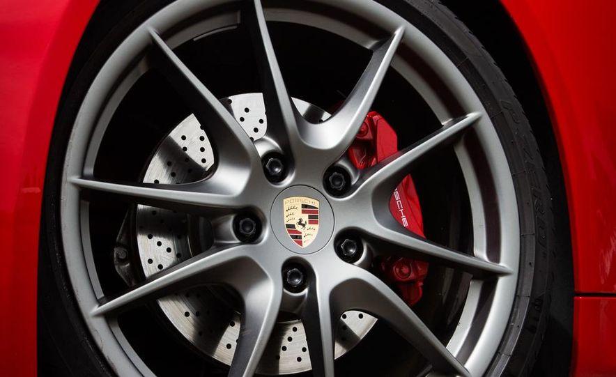 2015 Porsche Cayman GTS - Slide 20