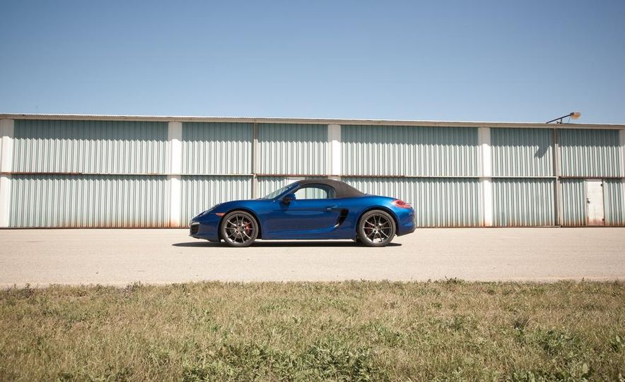 2015 Porsche Boxster GTS - Slide 18