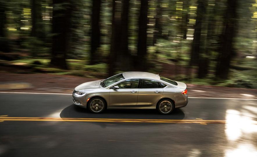 2015 Chrysler 200 - Slide 3