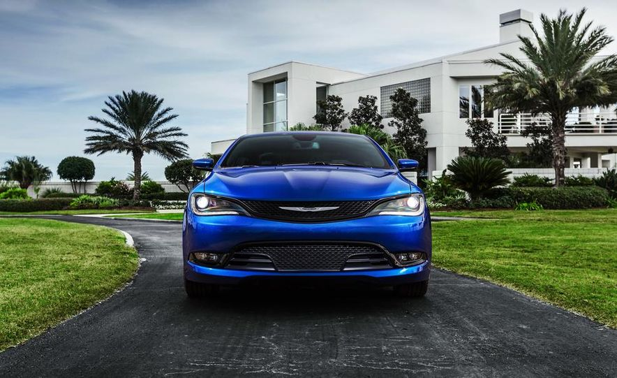 2015 Chrysler 200 - Slide 29