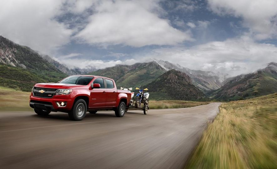 2015 Chevrolet Colorado Z71 - Slide 2