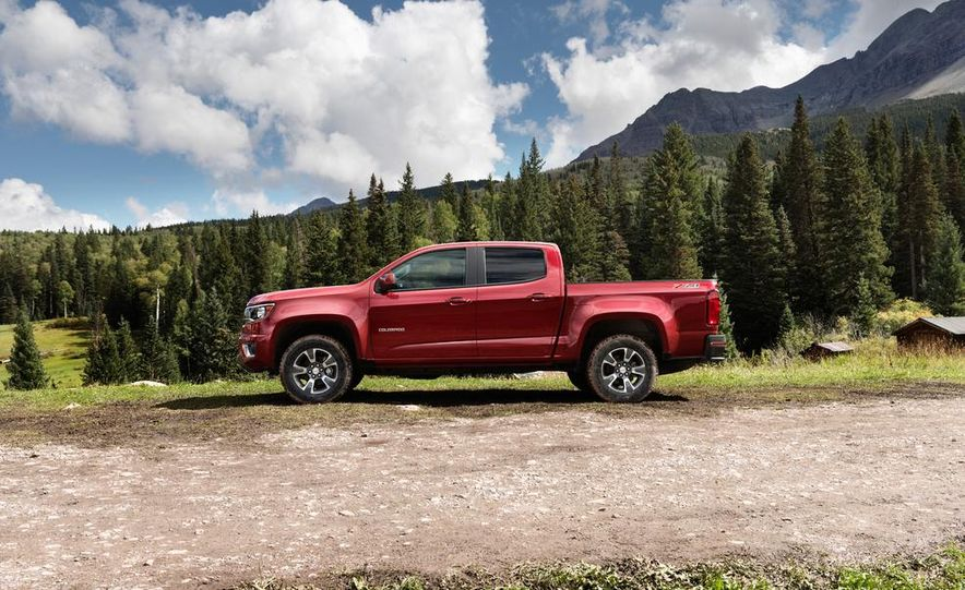 2015 Chevrolet Colorado Z71 - Slide 5