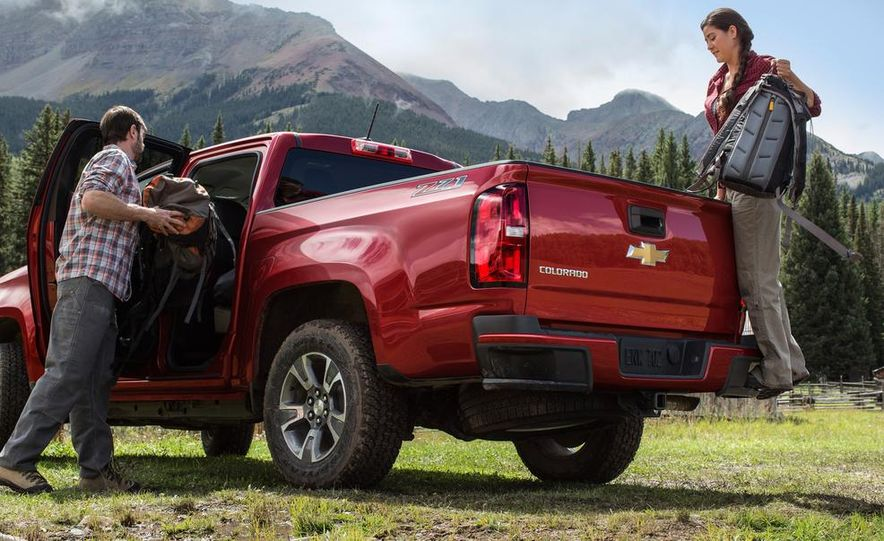 2015 Chevrolet Colorado Z71 - Slide 6