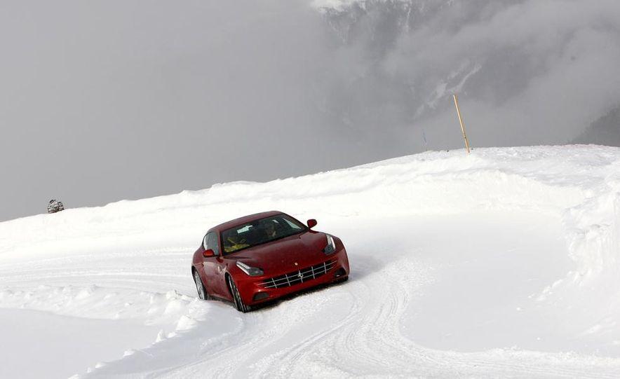 2016 Ferrari FF coupe (artist's rendering) - Slide 10