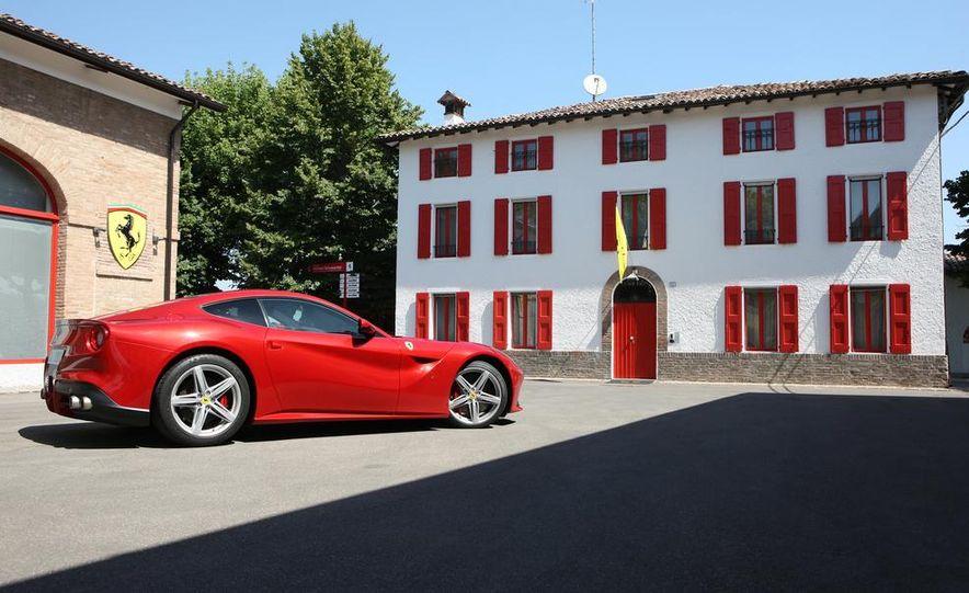 2016 Ferrari FF coupe (artist's rendering) - Slide 48