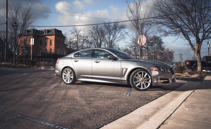 2016 Jaguar XE (artist's rendering) - Slide 27