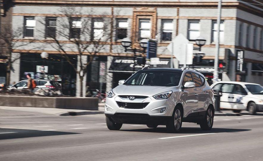 2014 Hyundai Tucson Limited - Slide 1