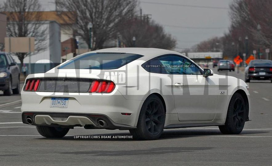 2015 Ford Mustang 50th Anniversary Edition (spy photo) - Slide 7