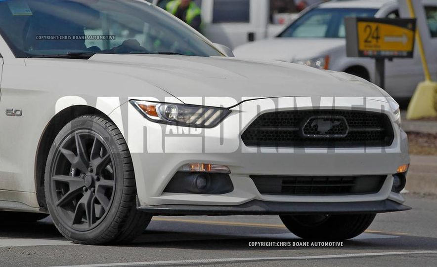 2015 Ford Mustang 50th Anniversary Edition (spy photo) - Slide 10