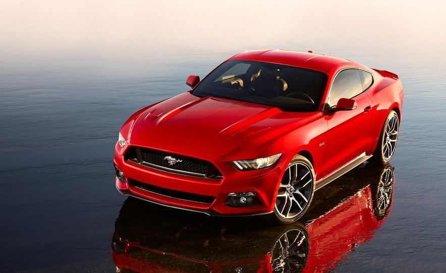 2015 Ford Mustang 50th Anniversary Edition (spy photo) - Slide 23