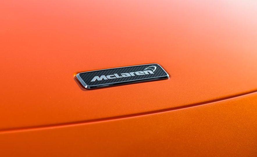 2015 McLaren 650S coupe - Slide 16