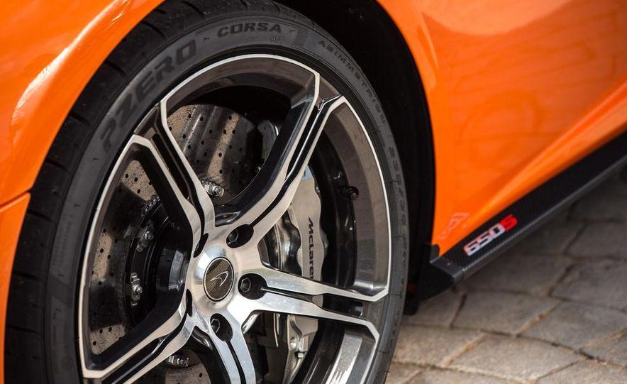 2015 McLaren 650S coupe - Slide 17