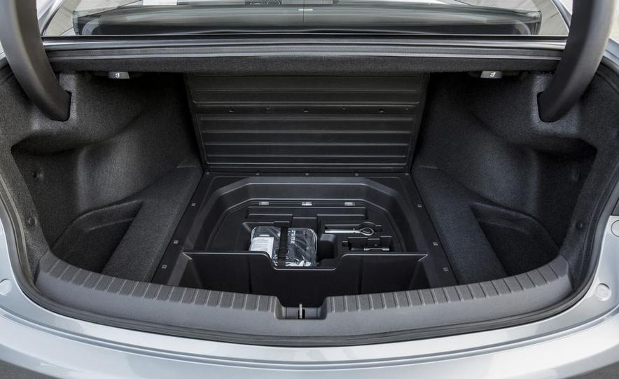 2015 Acura TLX 2.4L, 3.5L, and 3.5L SH-AWD - Slide 137