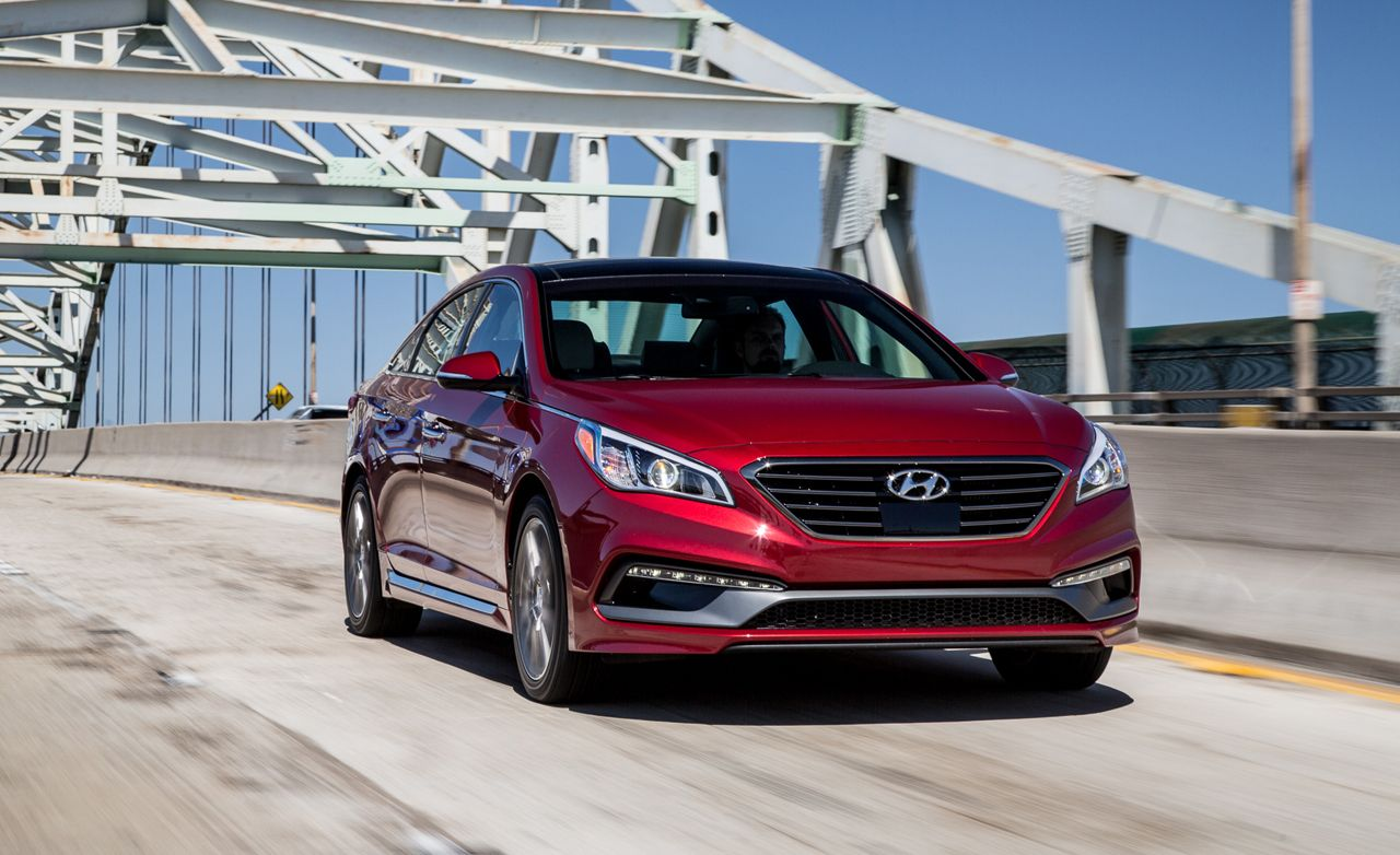 2015 hyundai sonata sport 2 0t test review car and driver. Black Bedroom Furniture Sets. Home Design Ideas