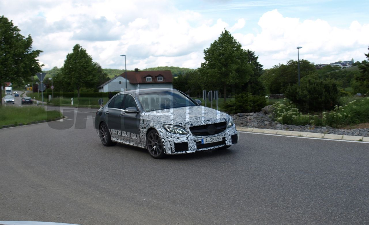 2016 Mercedes-Benz C63 AMG Spy Photos: Much Whomp, Small Package