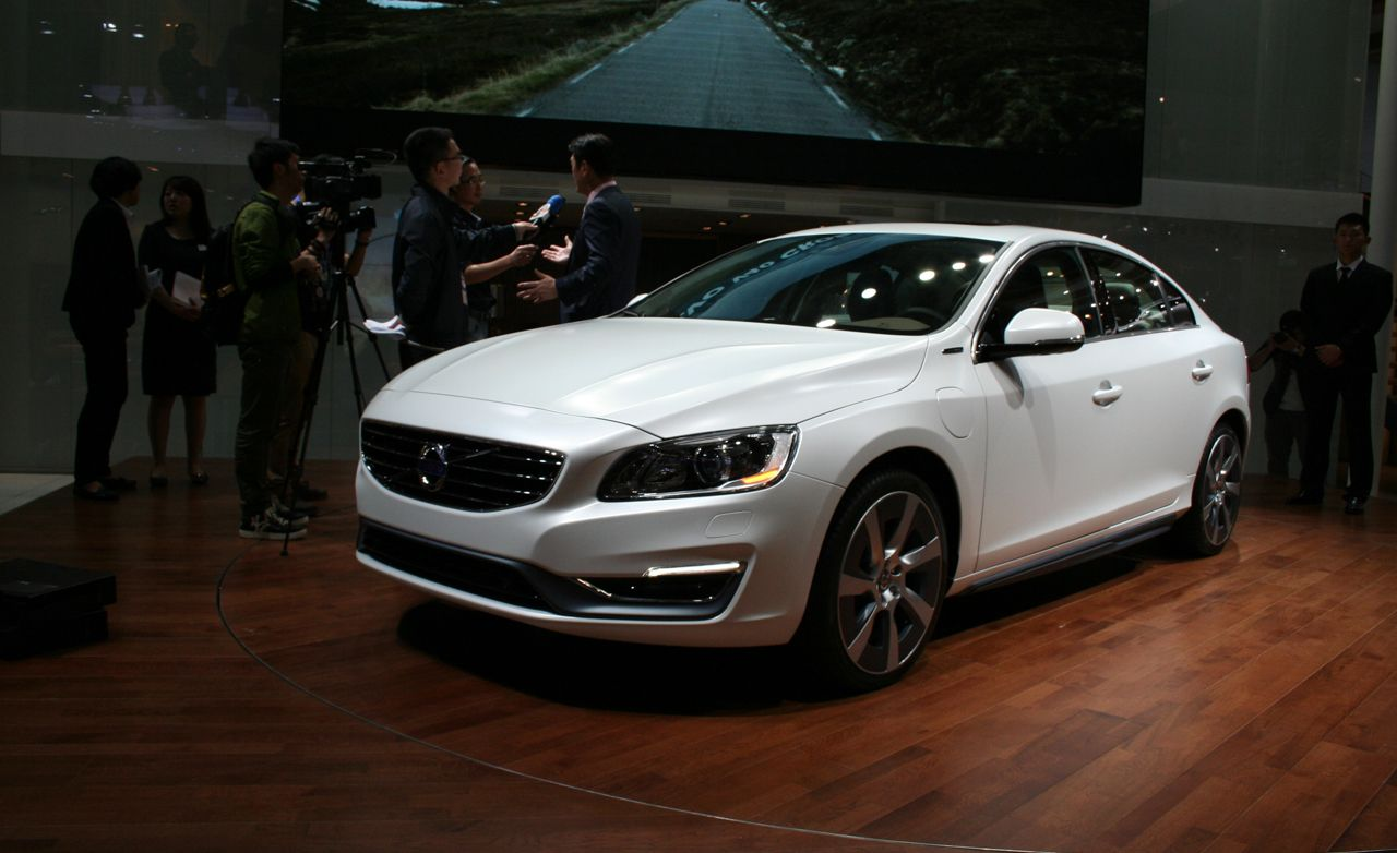 Volvo S60L Plug-In Hybrid Concept: A Long Production Reality in Disguise