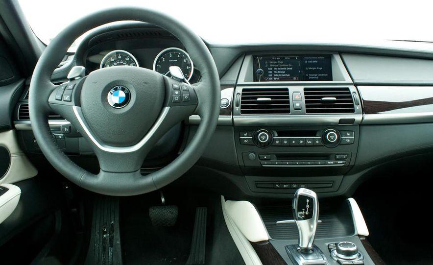 2018 BMW X7 (artist's rendering) - Slide 54