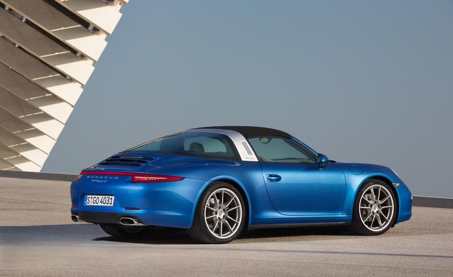 2014 Porsche 911 Targa 4 and 4S - Slide 12