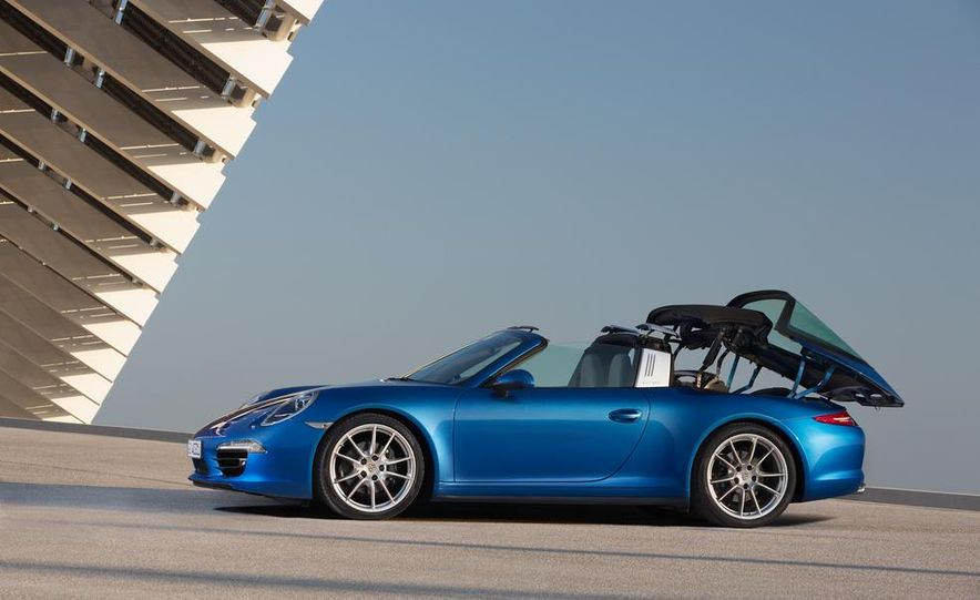2014 Porsche 911 Targa 4 and 4S - Slide 15