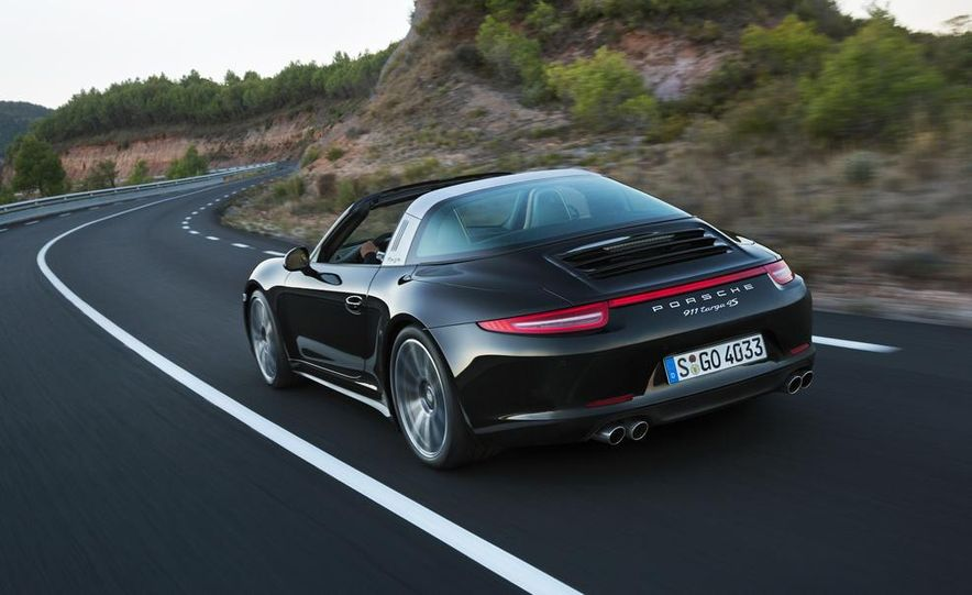 2014 Porsche 911 Targa 4 and 4S - Slide 24