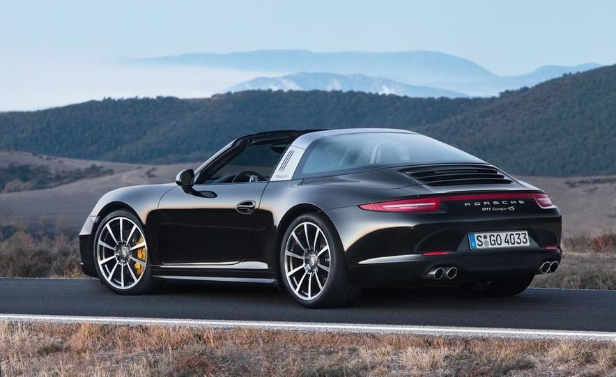 2014 Porsche 911 Targa 4 and 4S - Slide 29