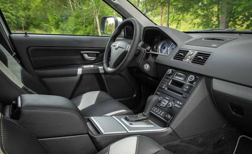 2016 Volvo XC90 - Slide 34