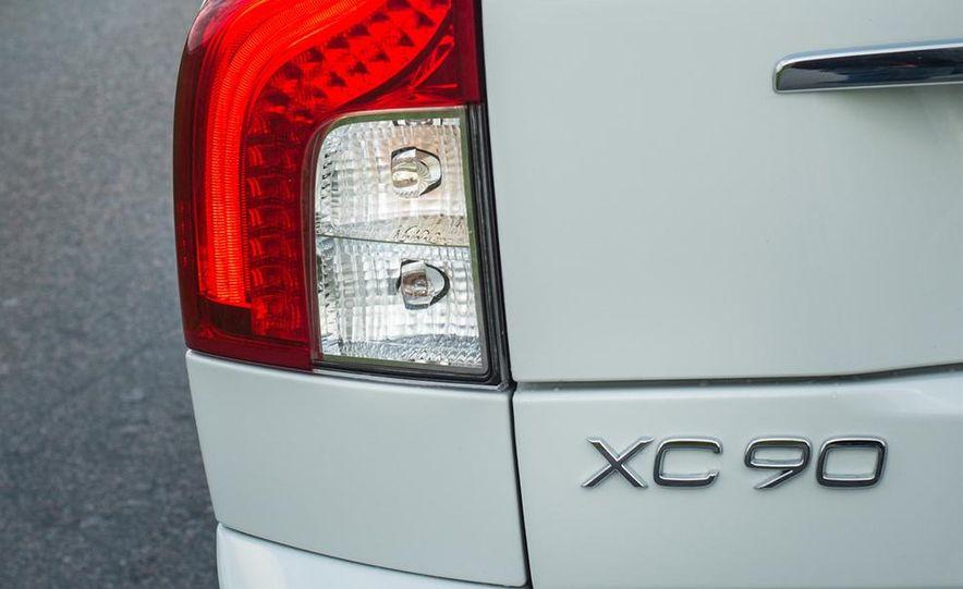 2016 Volvo XC90 - Slide 32